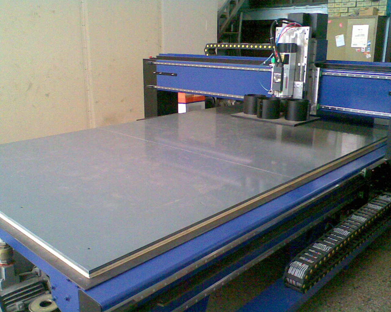 A CNC router is in an application.
